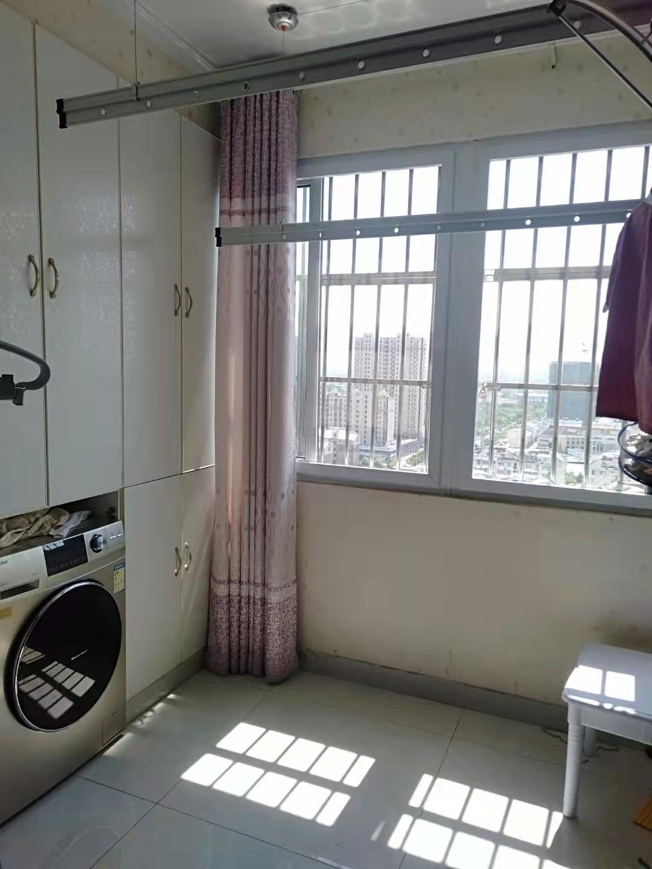 急需购房资格金汇花园2室2厅91平方精装修90万
